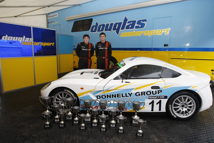 ginetta-junior-winning-team
