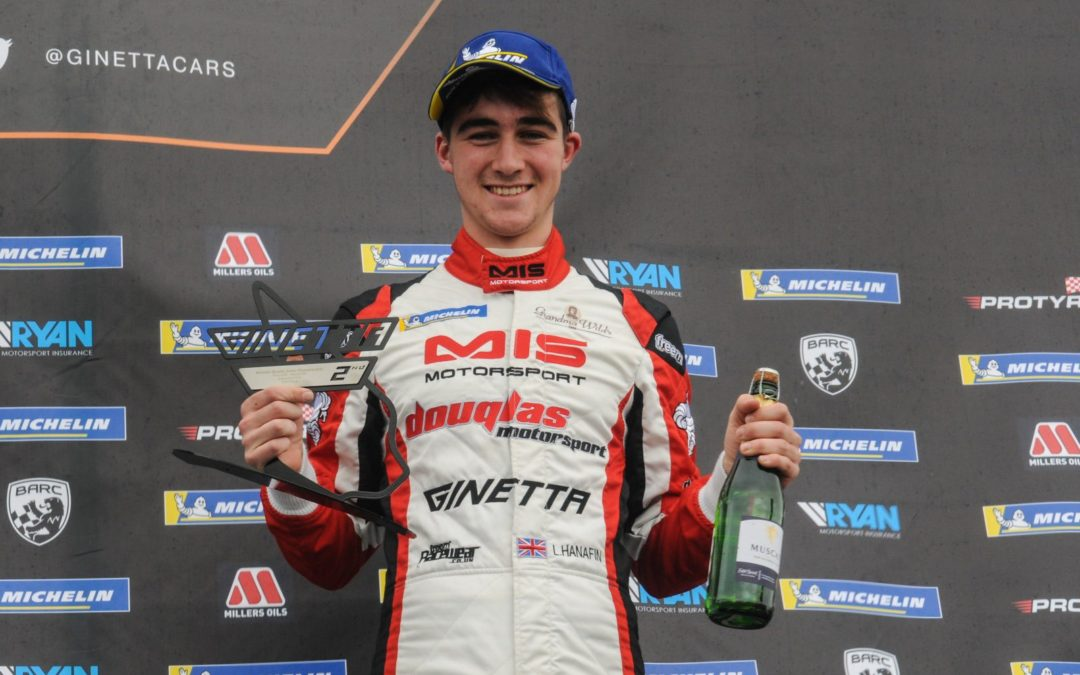Hanafin Wins at Knockhill for Douglas Motorsport
